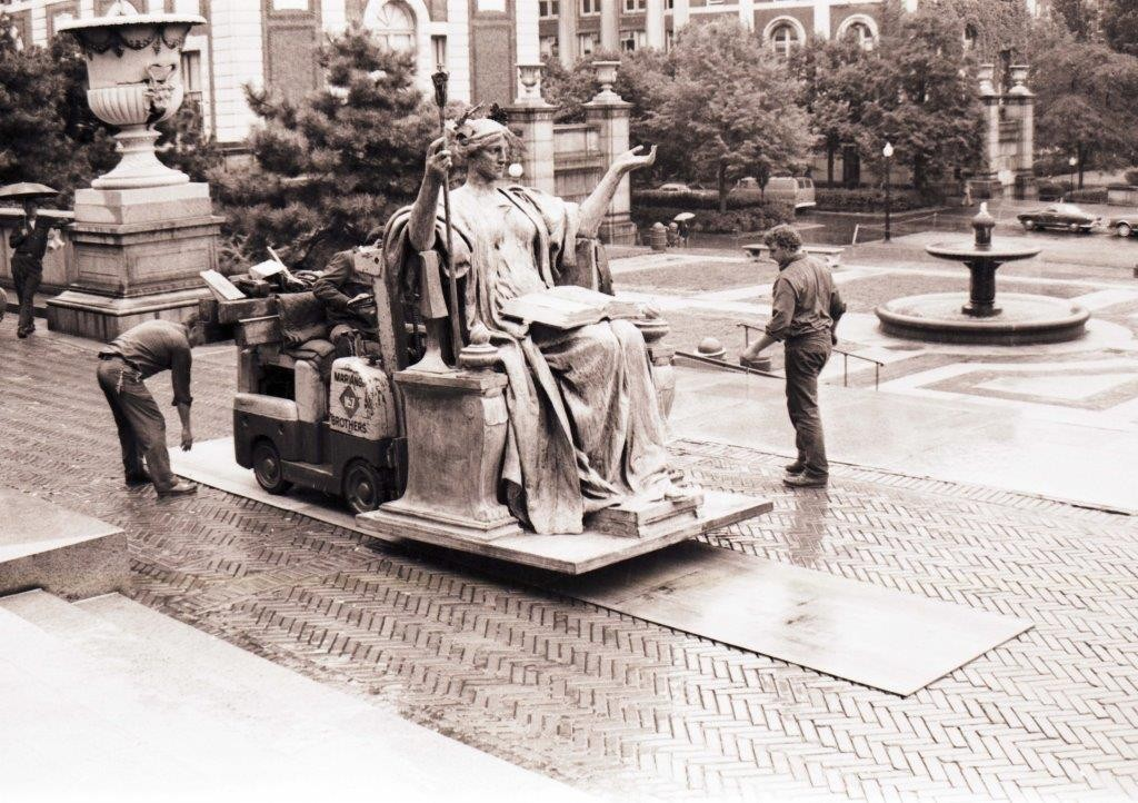 Alma Mater statue being brought back to campus after repair on September 15, 1978.